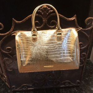 BCBG MAXAZRIA Satchel Handbag, Beautiful!